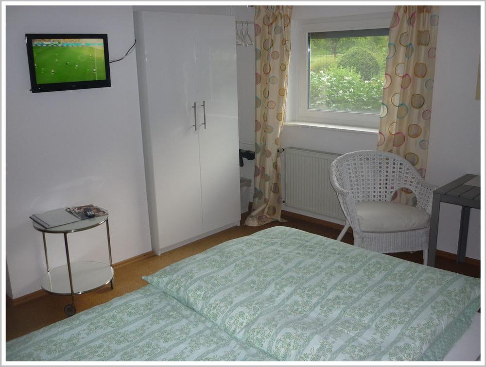 Gästezimmer in Mernes - Zimmer 2.2